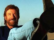 Chuck Norris, hombre matará Anónima