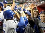 DEPORTES: Venden históricos Dodgers grupo inversor Magic Johnson...