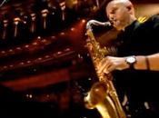 Encuentran muerto saxofonista Killers