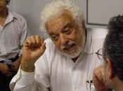 Theotonio Santos: capitalismo aproxima crisis ideológica'