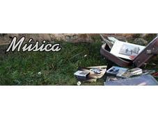 Impecable directo novedades último disco Love Lesbian Territorios Sevilla 2012