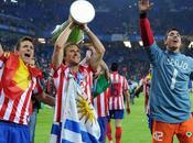 Aguero Forlán ganan Uefa Europa League