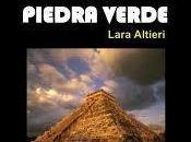 Reseña presentación libro Historia ficción corazón piedra verde