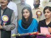 Pakistán: escolares vencen Talibán
