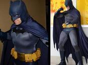 ¿Quién narices dijo Batman podía llevar traje como cómics?