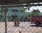 Noticia Intenso fuego desata pánico cárcel Romana