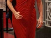 Penélope Cruz, mujer rojo estreno Volver Nacer Sebastián