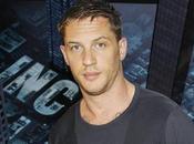 """Hardy cerca escalar Everest para adaptación """"Paths Glory"""""""