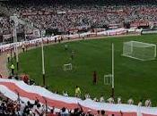 bandera larga mundo pertenece River Plate