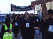 viernes más, luto calles Cádiz