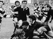 Blacks Barbarians. rugby escribió nombre letras