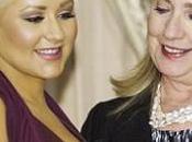Christina Aguilera habla cuando Hilary Clinton observaba pechos