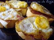 Pinchos huevo codorniz jamón