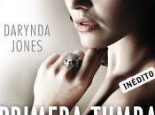 Reseña: Primera tumba derecha Darynda Jones