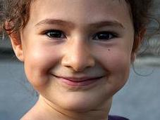 niños felices serán adultos sanos
