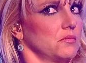 Britney Spears pone peor cara tras polémica eliminación Factor