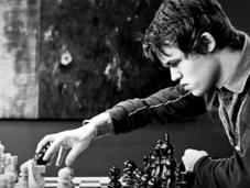 Magnus Carlsen bate record Gary Kasparov