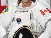Astronauta manda Twiter fotos desde espacio