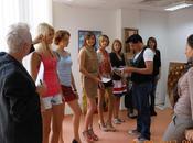 Preparativos para intercharm show (kiev)