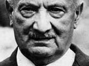 """Martin Heidegger: sociedad actual absolutización subjetividad moderna"""""""