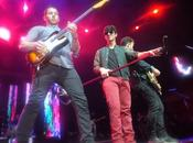 ¡Jonas Brothers causan furor Movistar Arena! Chile