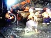 Despiden unos mineros australianos bailar Harlem Shake mina