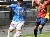 Unión española sigue cima tras vencer arica