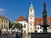 Bratislava, estatuas callejeras observarán todo camino