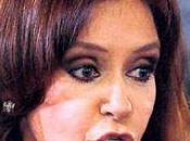 Cristina kirchner derrochando dinero italia