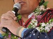 Muerto Chávez, Morales mira globalizadores