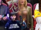Lindsay Lohan Charlie Sheen otra cama pero nuevo clip Scary Movie