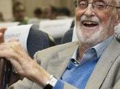 triste, Sonrisa Etrusca sonríe, apagó José Luis Sampedro
