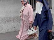 agredidas vivir solas: pesadilla 'mujeres fornicadoras' Argelia