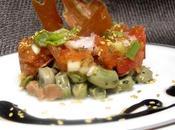 Timbal habas tiernas, tomate espárragos crujiente jamón serrano