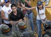 Capriles convoca cacerolazo