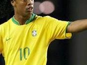 Cracks: Ronaldinho