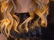 Shakira recibe primer regalo madre