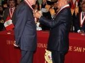 Decano Johan Leuridan Huys recibe grado honorífico Doctor Honoris Causa UNMSM