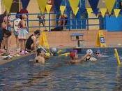 Niños magallánicos participan campeonato nacional natación