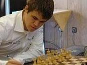 Magnus Carlsen gana Torneo Regilor Ajedrez