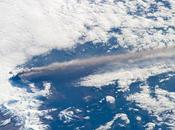 erupción volcán Pavlof vista desde Estación Espacial