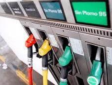 ¿Hemos pasado monopolio estatal combustibles automoción privado?