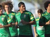 Scolari blinda selección brasileña
