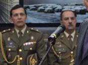 ministro Defensa prefiere vender armas para guerra formar soldados