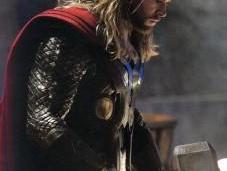 compositor Brian Tyler habla Thor: Mundo Oscuro