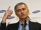 Mourinho propone hacer felices aficionados Chelsea