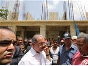 Danilo Medina Come Literalmente Ingeniero Retrasar Obra Arenoso