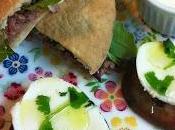 Pita Carne Especiada Salsa Blanca
