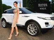 Victoria Beckham diseñará para Range Rover, celebra Aniversario. Analizamos look