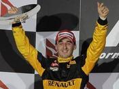 Robert Kubica renueva Renault hasta 2012